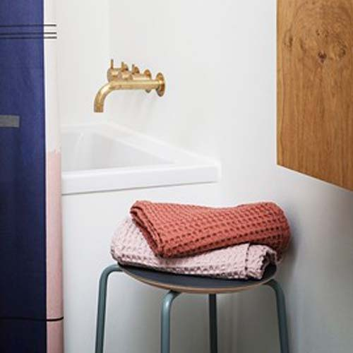 Bathroom Accessories - Linen & Towels
