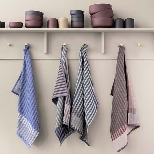 Kitchen Accessories - Towels