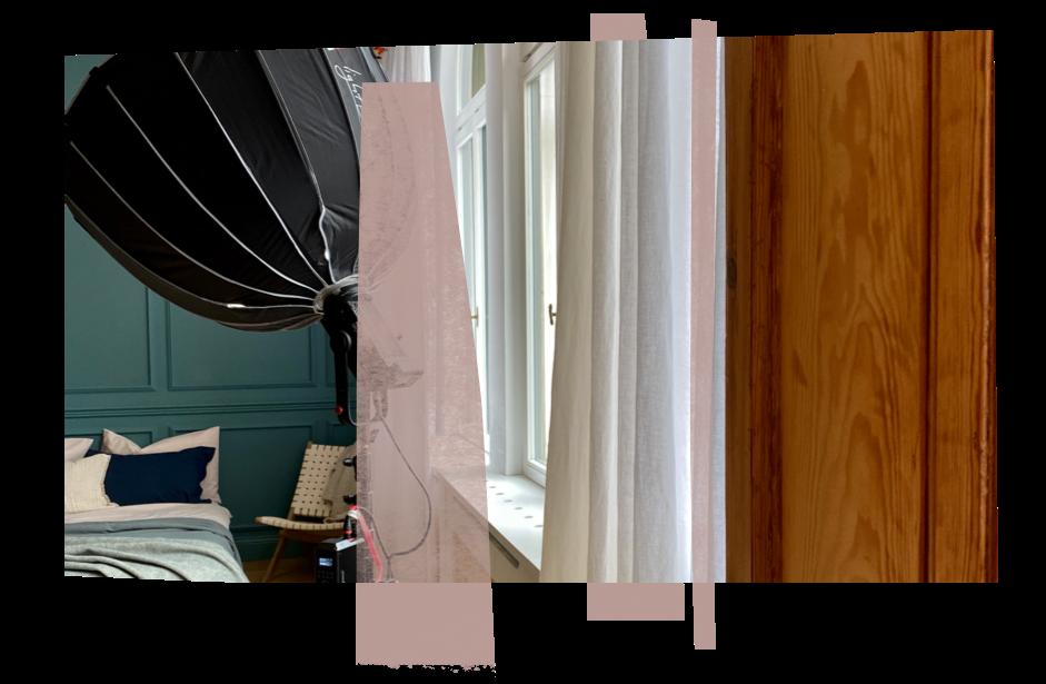 Fotolicht in einem Schlafzimmer mit türkisfarbener Wand