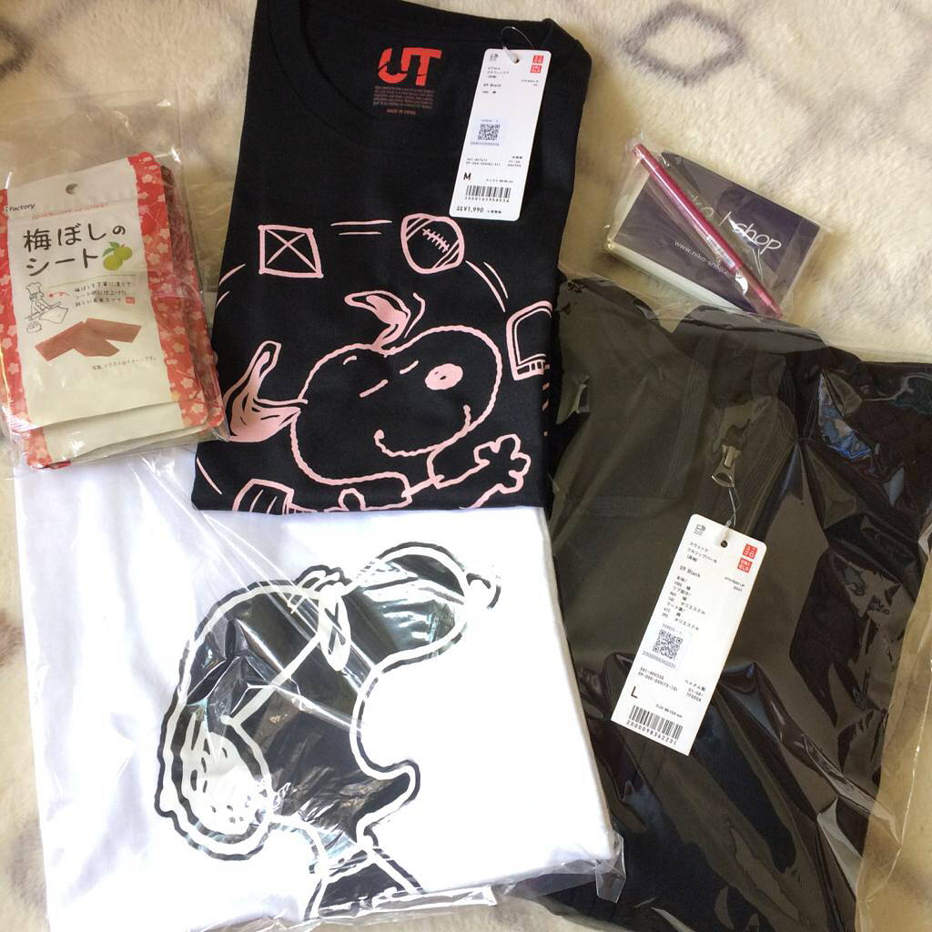 Uniqlo UT Snoopy Collection