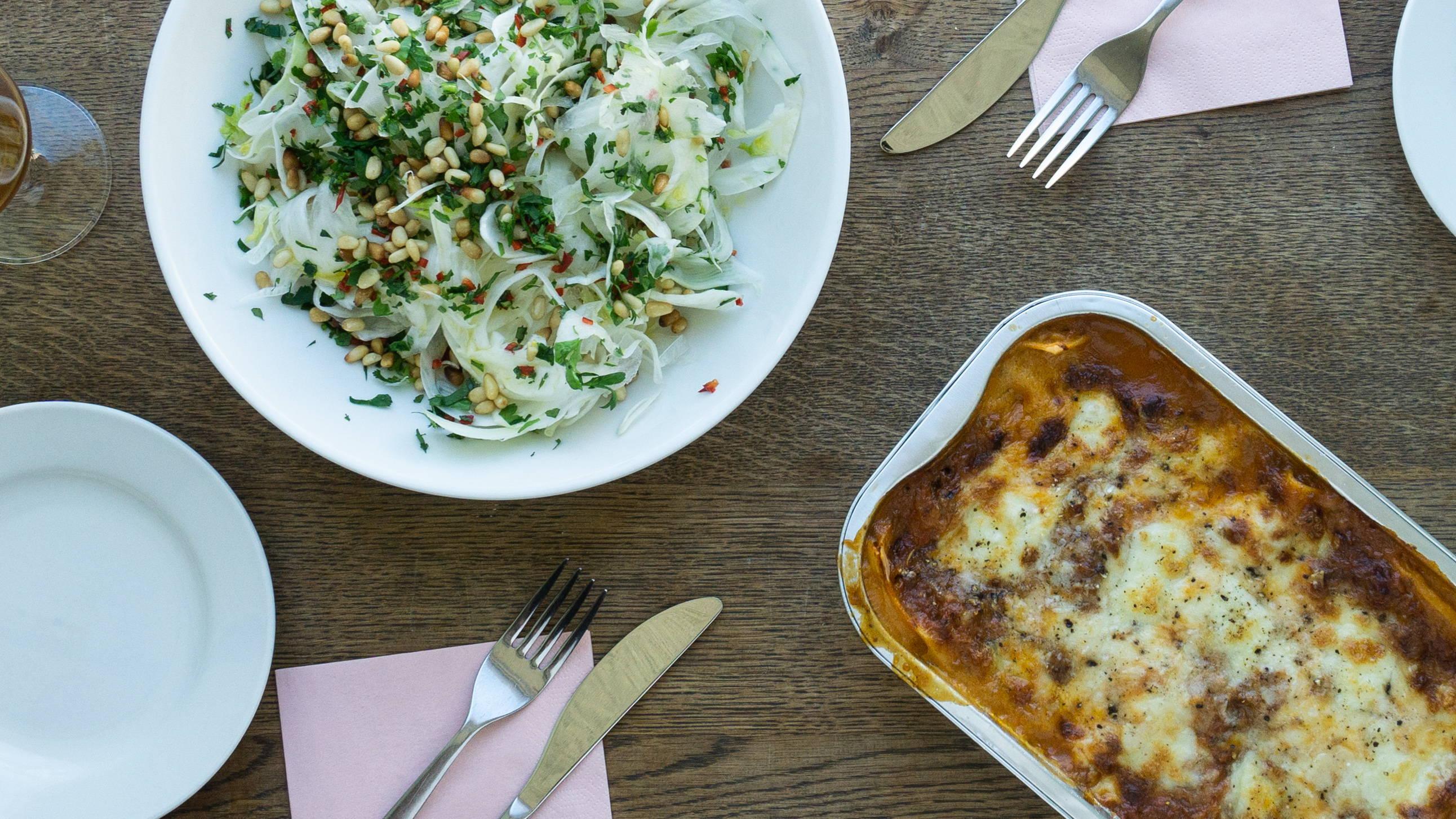 Opskrift og vejledning til Lasagne alla bolognese med Radicchiosalat