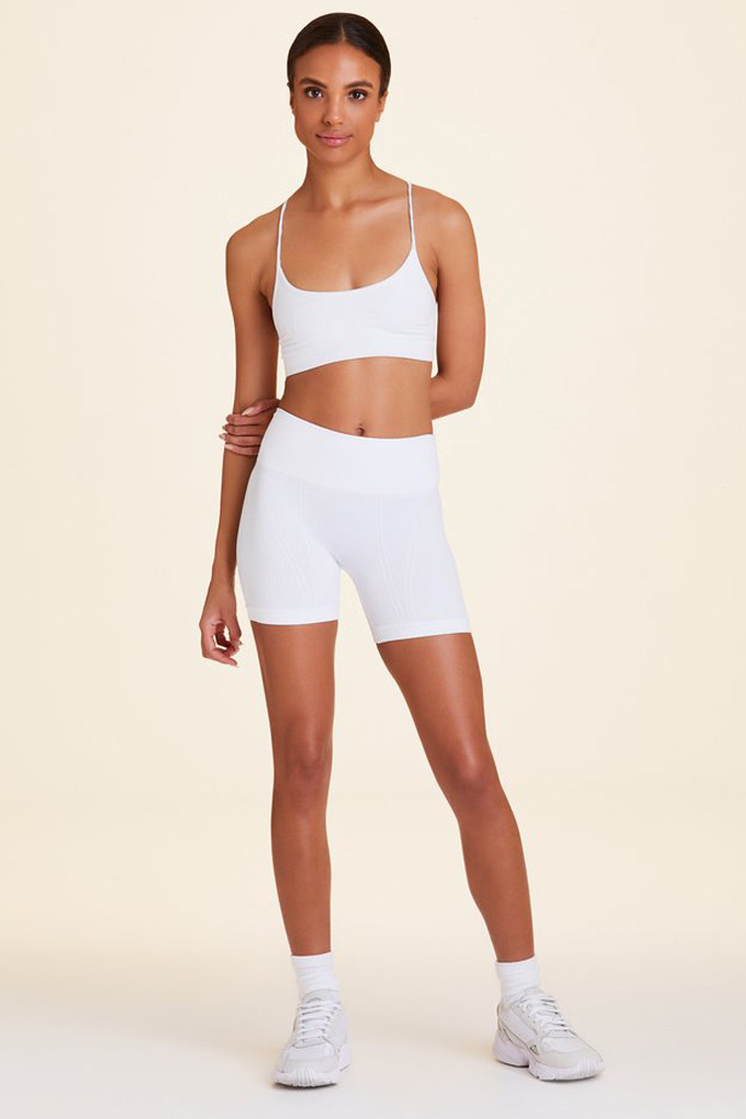 Click Now to Shop Barre Seamless Set in White
