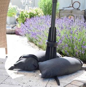 Baser Sonnenschirmständer Sandsäcke Schatten Blumen Beet