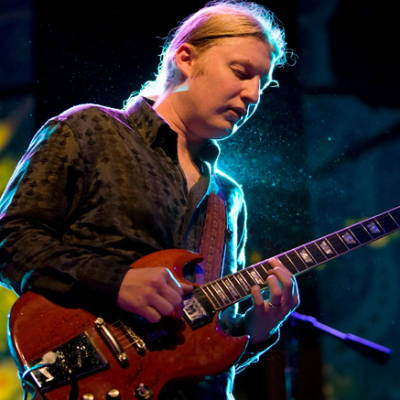Derek Trucks recycled guitar string bracelets and jewelry
