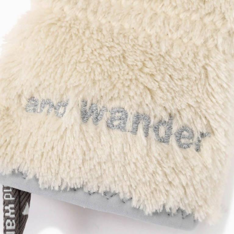 andwander(アンドワンダー)/ハイロフトフリース グローブ/ホワイト/UNISEX