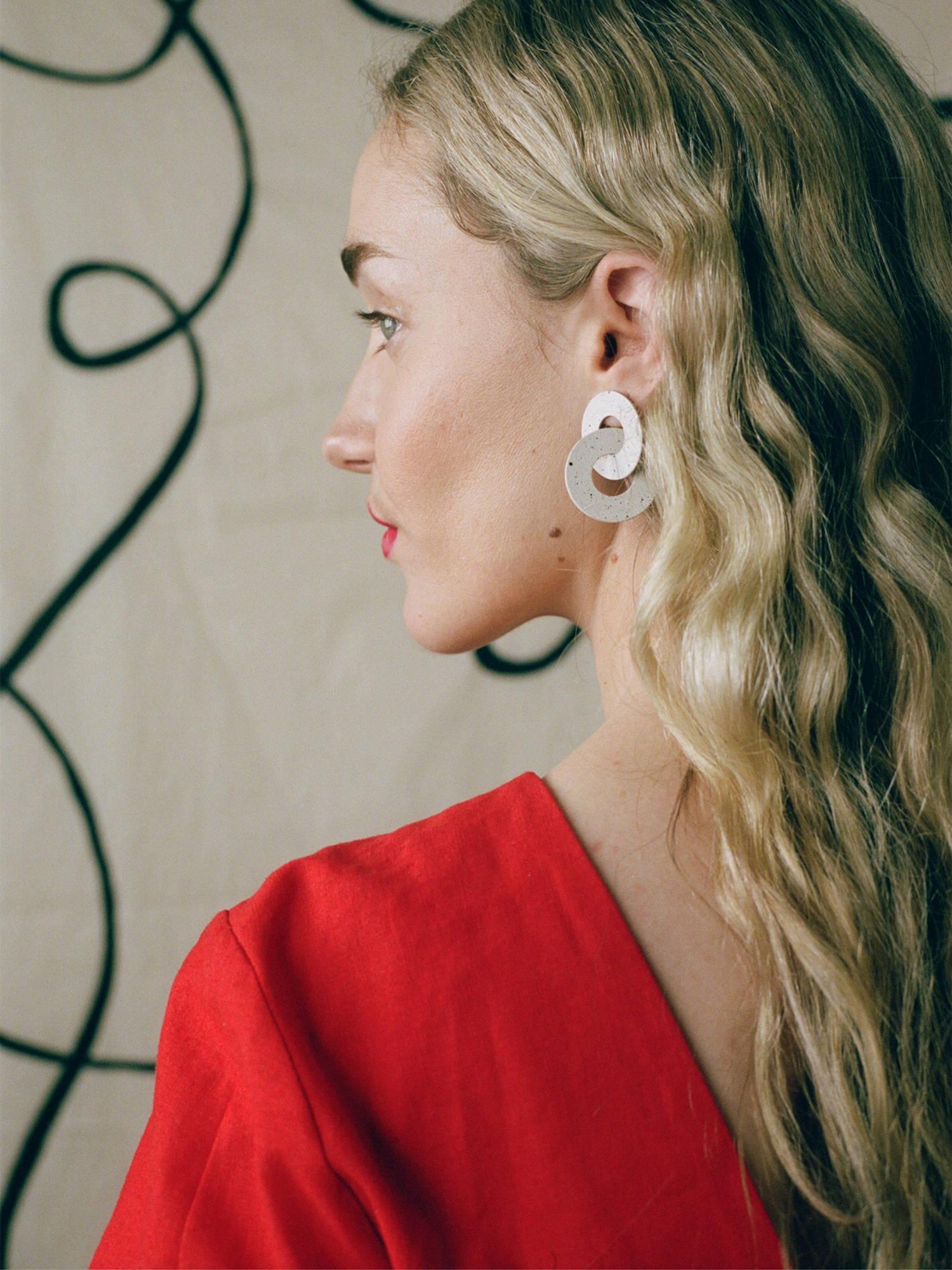 Cleo Earrings in Eggshell