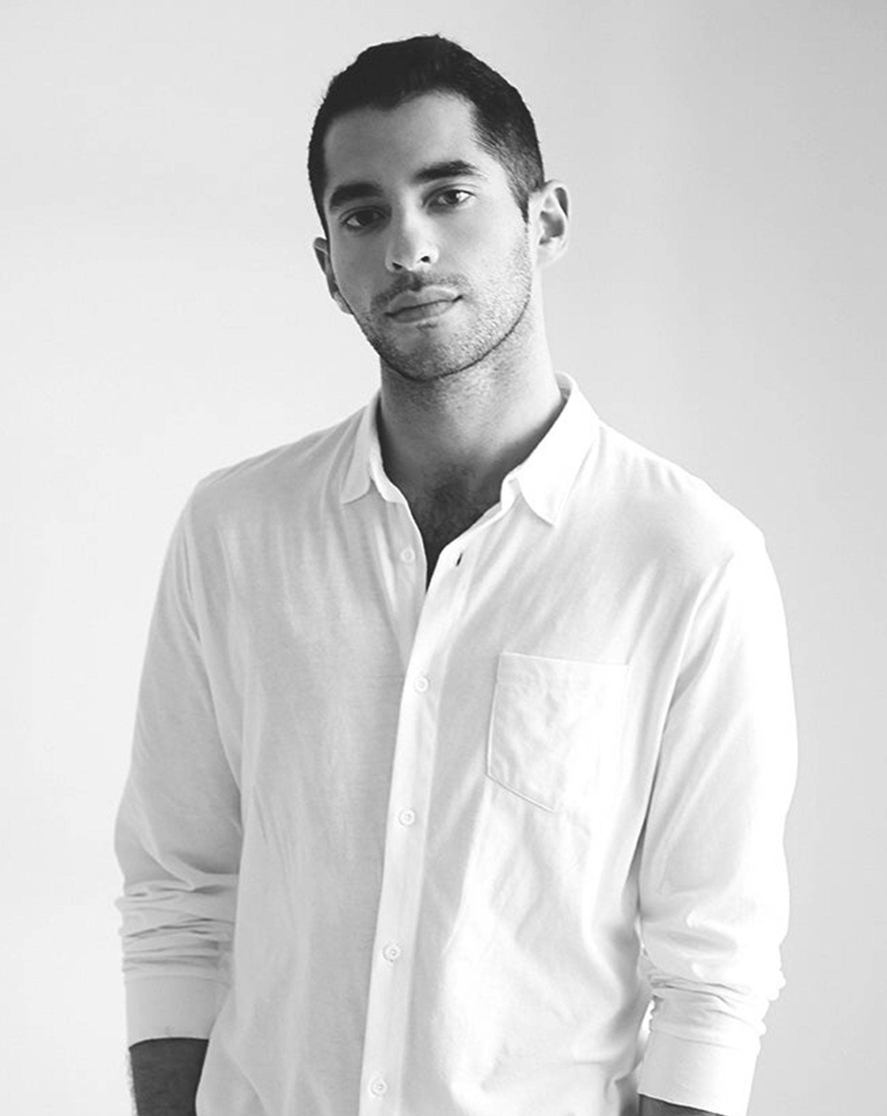 Nathan Romano |Onia