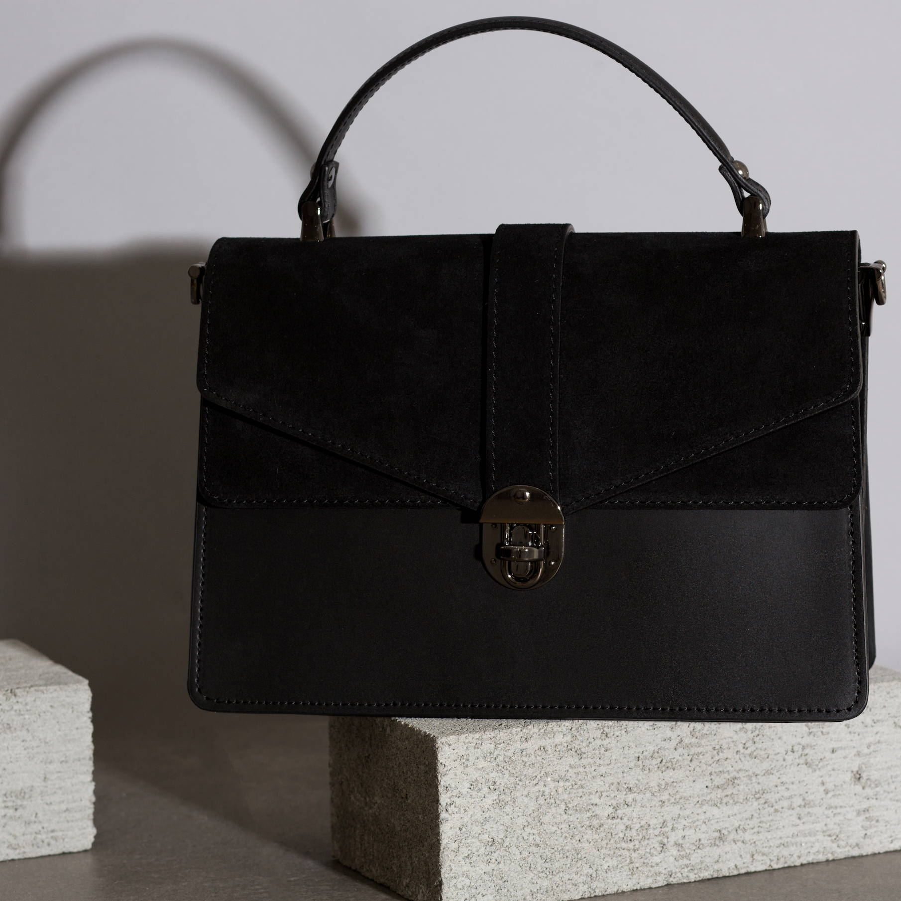 VESTIRSI leather handbag handmade in Italy GRACE crossbody purse bag in black Italian leather and suede