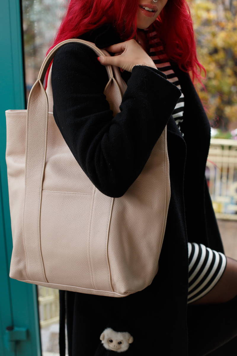 soft leather tote for everyday use