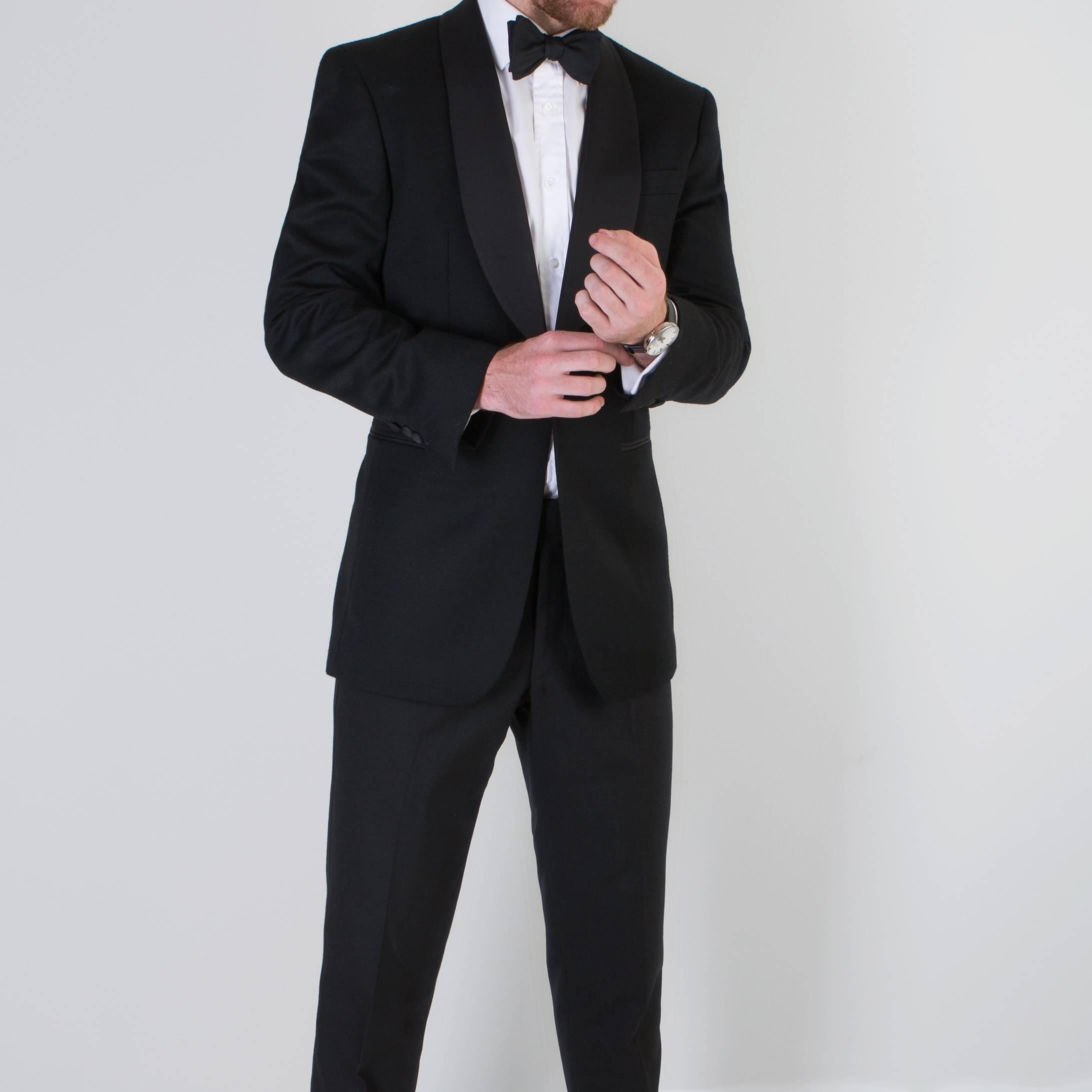 Gentleman wearing a Mullen and Mullen bespoke tailoring dinner suit
