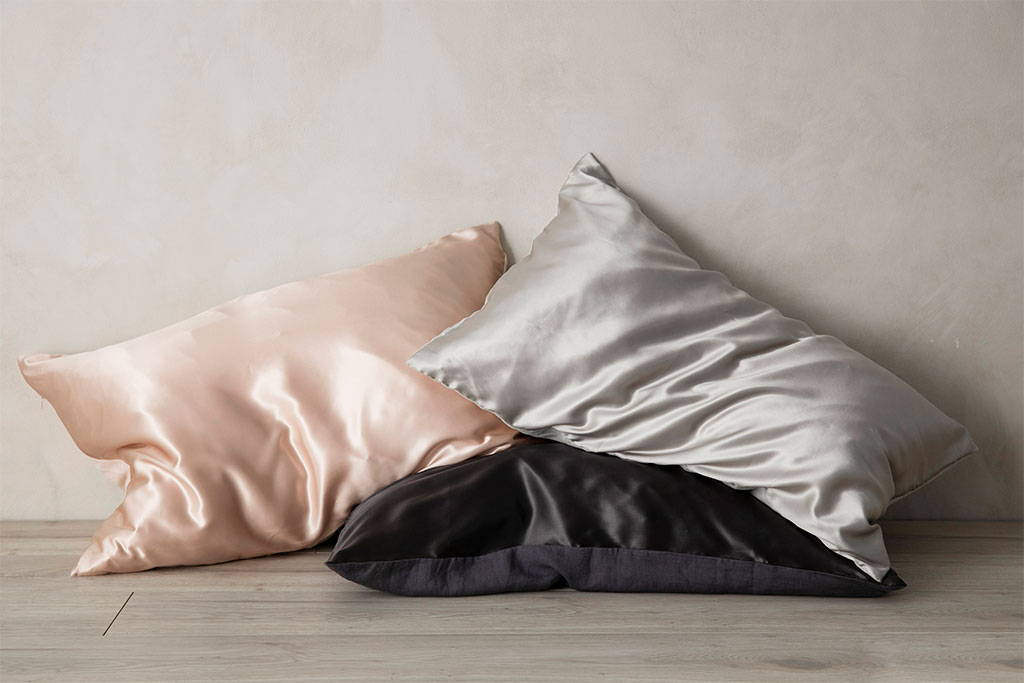 Silk Linen Flip Pillowcase in Blush, Smoke and Slate
