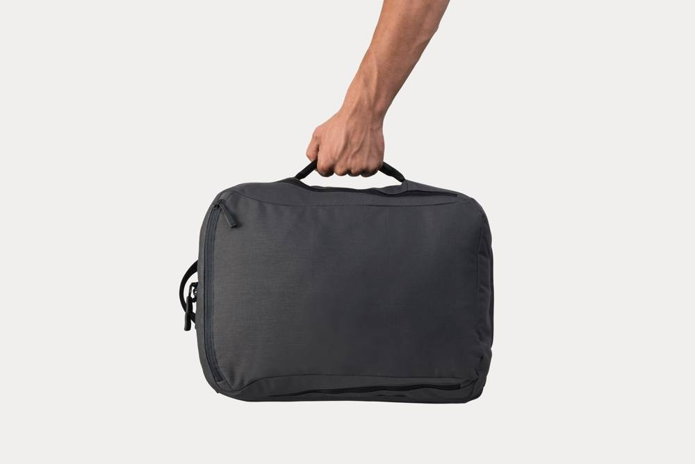 Minaal Daily Bag - Carry via side handle, briefcase mode