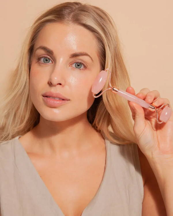 how to use your rose quartz face roller