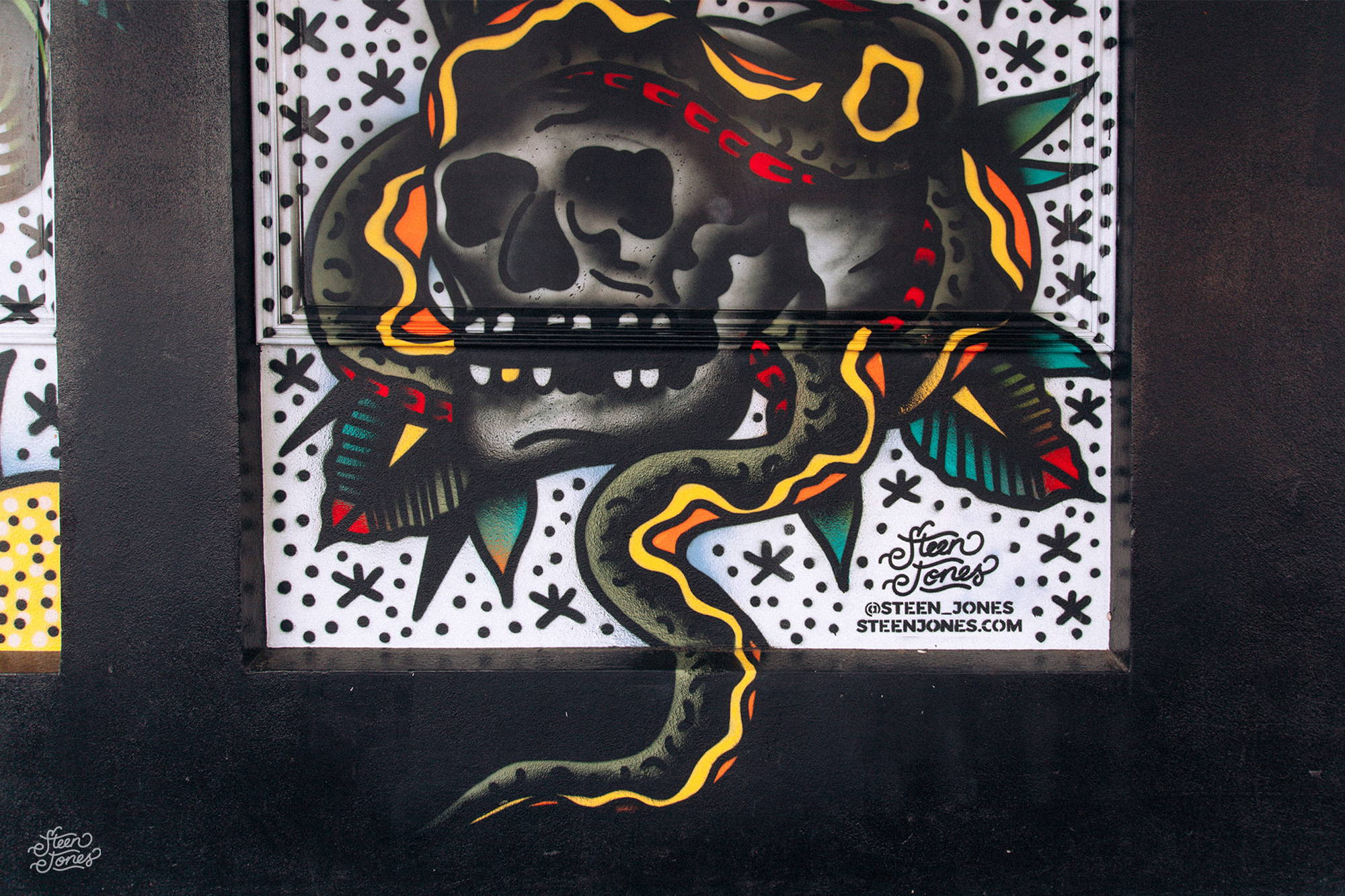 Steen Jones tattoo street artist MISHMOSH Ponsonby NZ mural