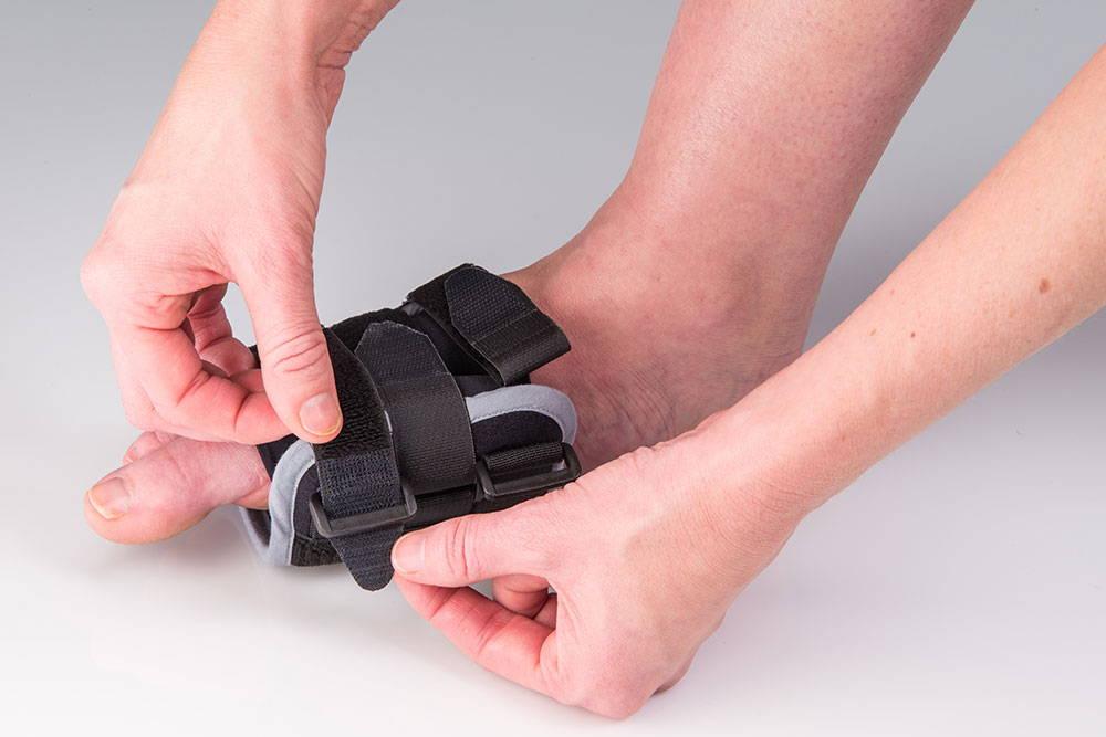 restiffic foot wrap fastening straps