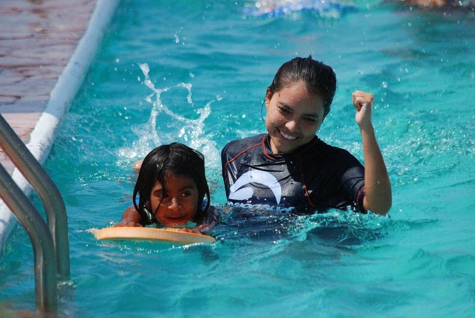 Mision Surf With Kids