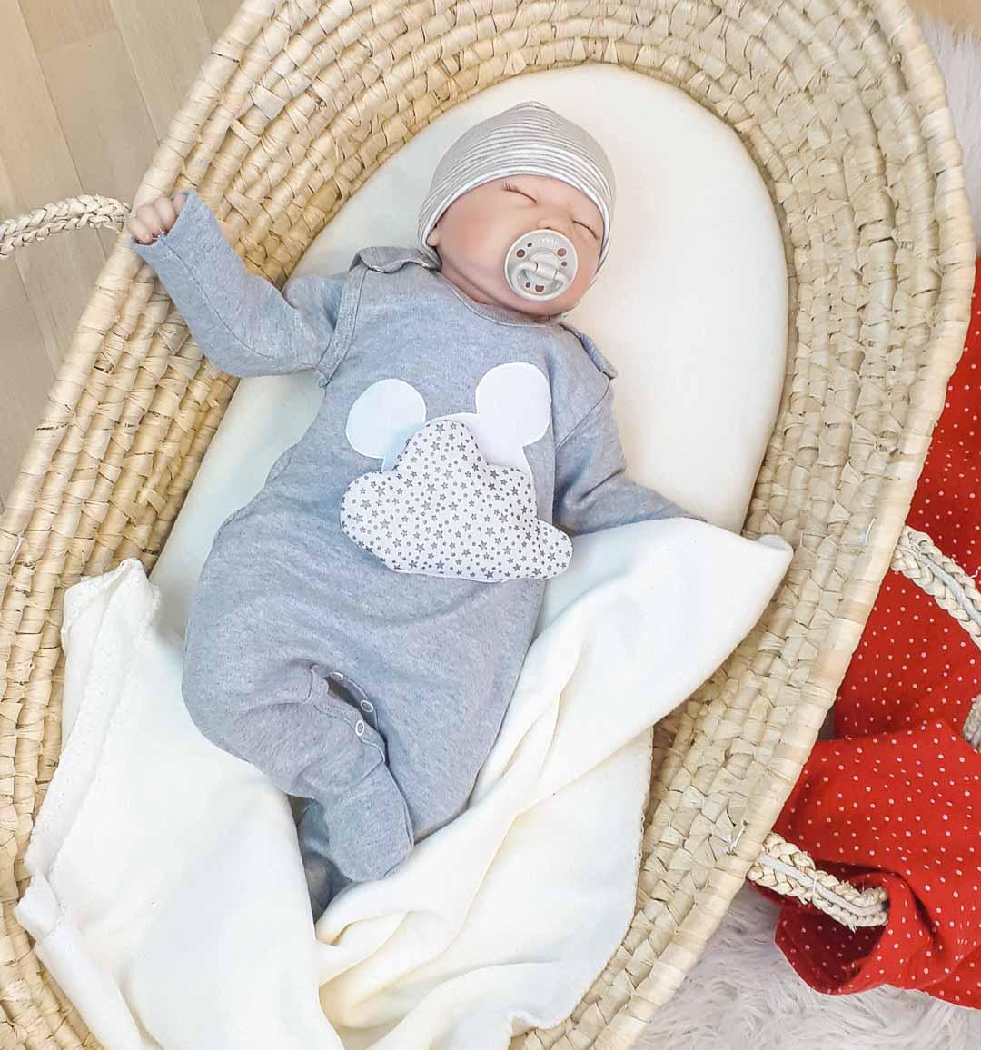 Baby Erstausstattung Strampler, Wickelbody, Wärmekissen und Musselin Tuch