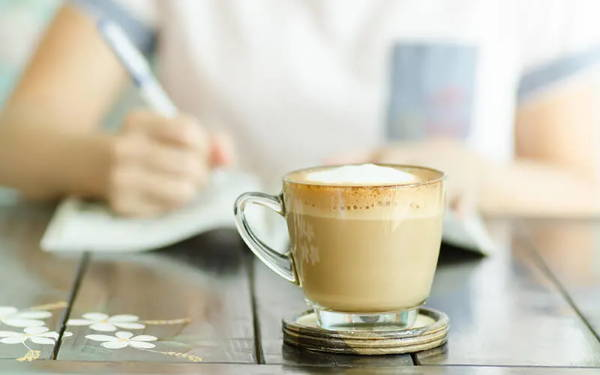 4 reasons to stop drinking coffee