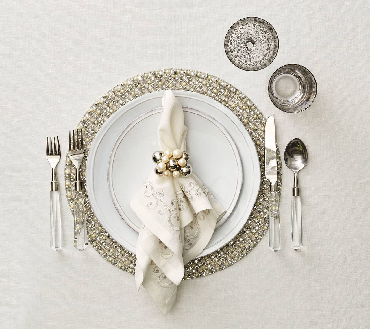 BRILLIANT PLACEMAT IN SILVER & CRYSTAL