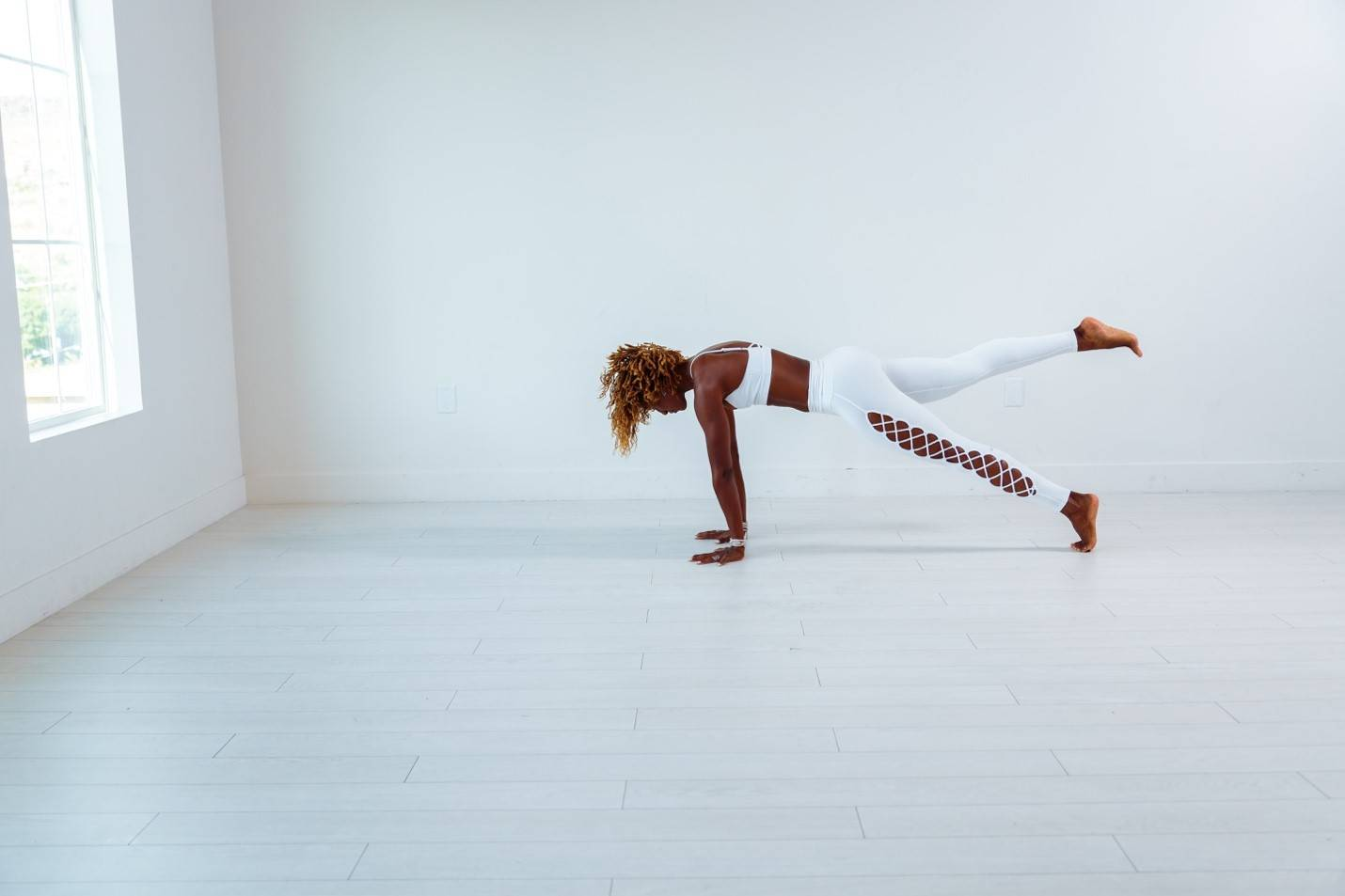 Yoga Poses to Strengthen Your Core and Flatten Your Tummy