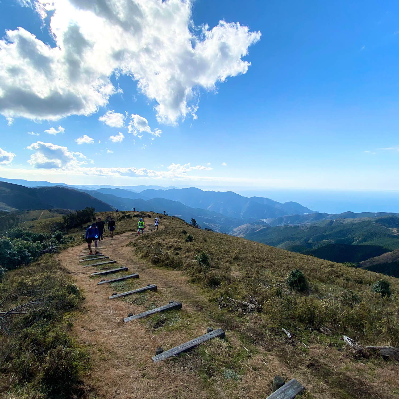 今年は山に走りに行こう!手持ちの登山道具で始めるトレイルランニング