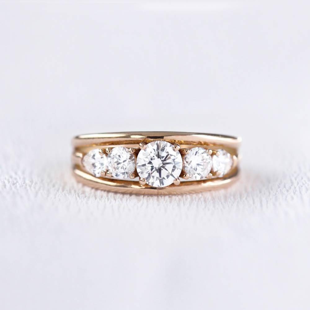 Bague de fiançailles bandeau en or et diamants | Deloison paris