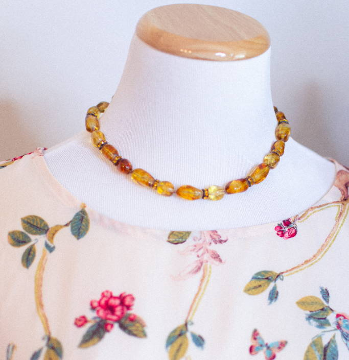 1950s Vogue Amber Glass Necklace
