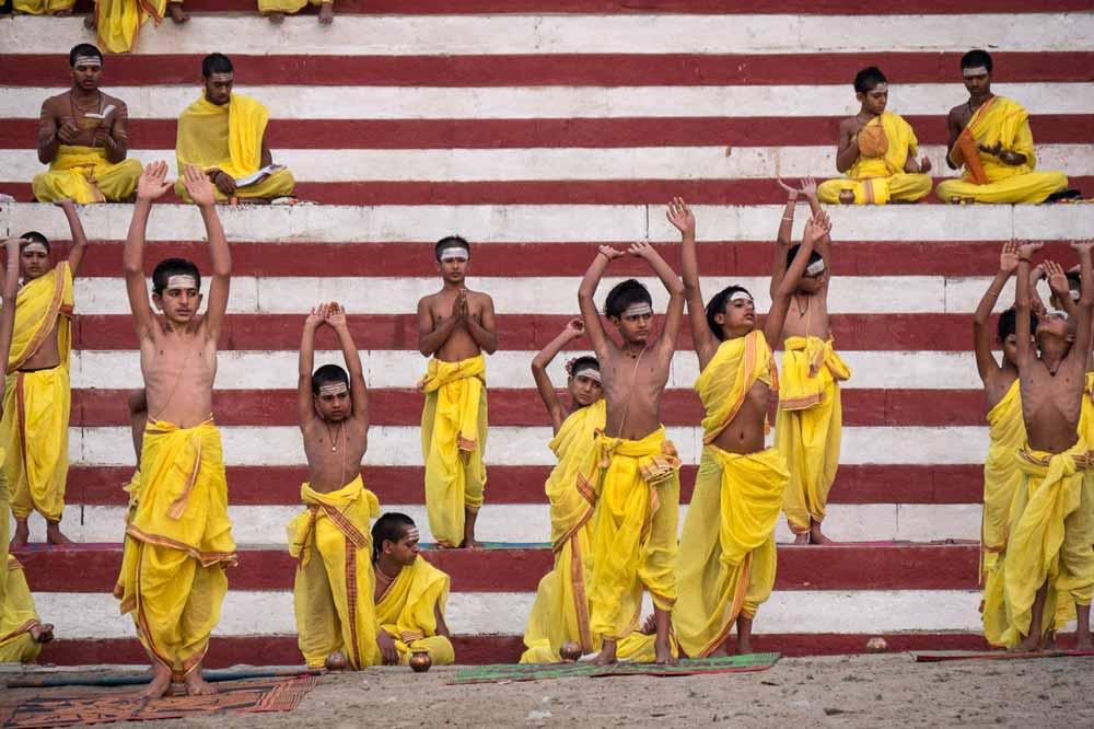 Travelbay India Tours - Customer Reviews - Simon & Gina in India - Varanasi