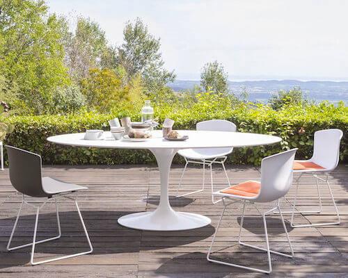 Knoll Outdoor Saarinen Dining Table