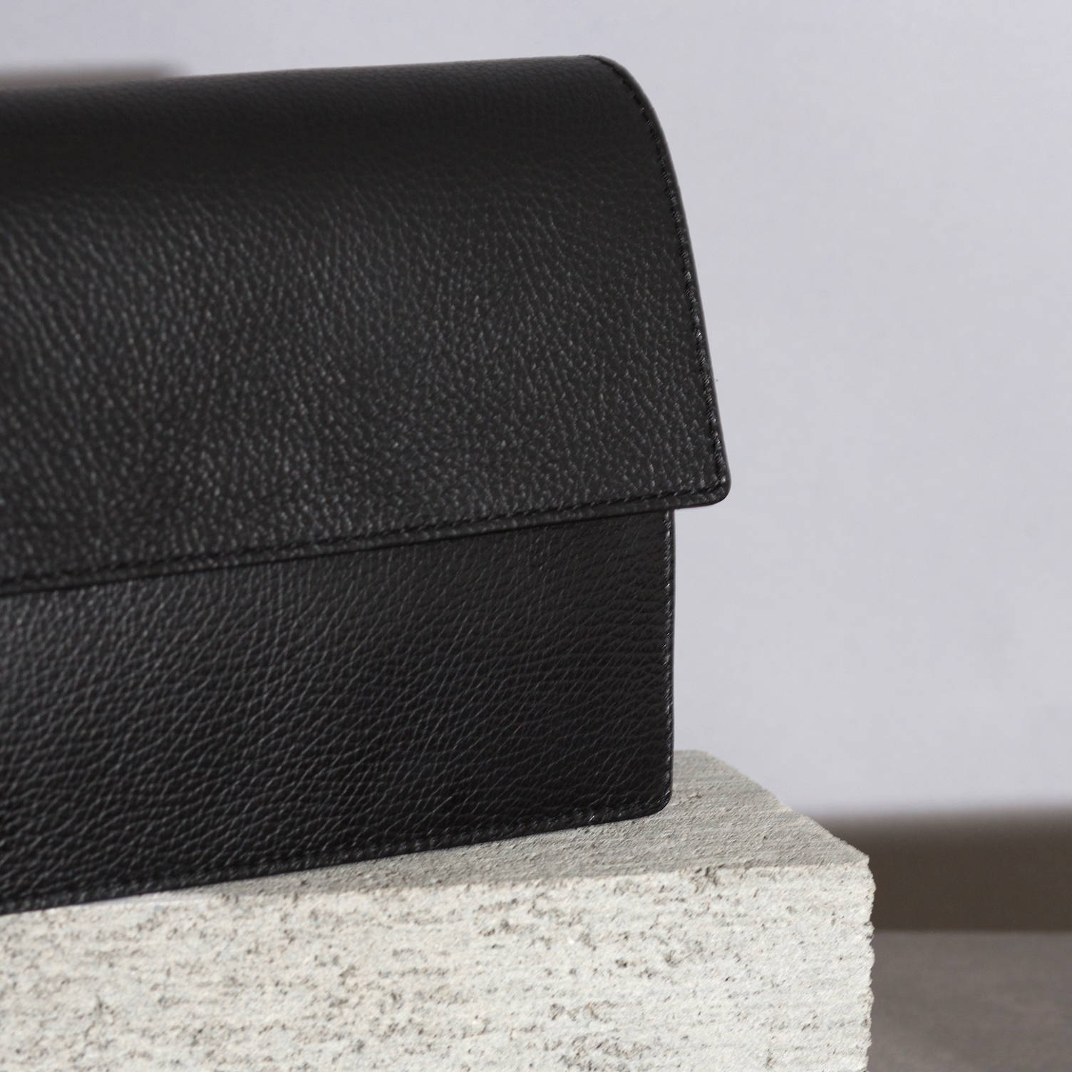 VESTIRSI CARTLY Leather crossbody clutch purse bag handmade in Italy from textured soft pebbled Italian black leather