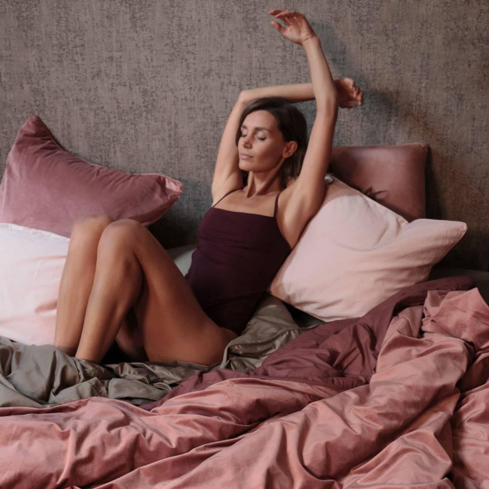 TALIA - Baked Rose Velvet Quilt Cover - The Sheet Society