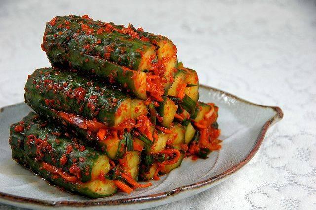 refreshing cucumber kimchi