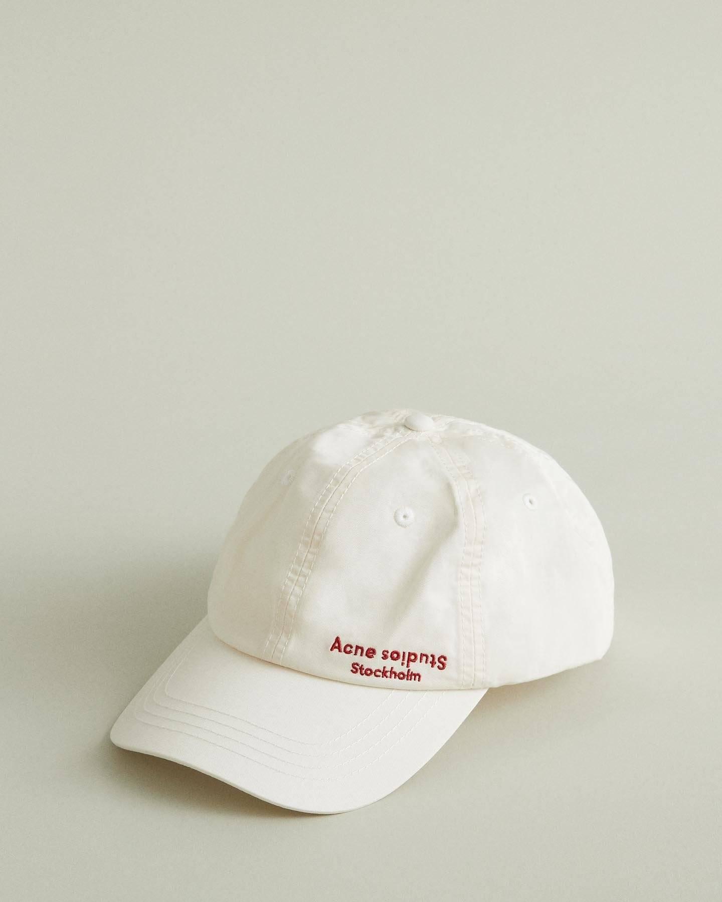 /products/carliy-dye-baseball-cap