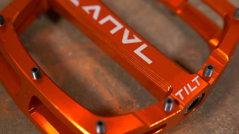 anvl anvil anvel tilt v3 pedal pedals mtb mountain bike molten orange