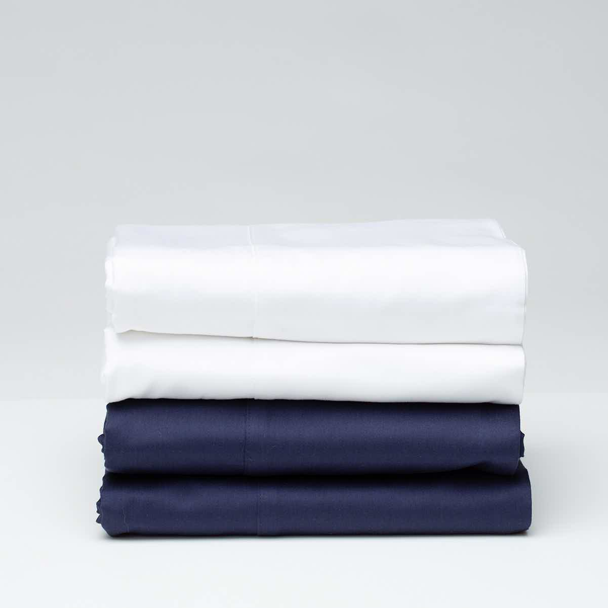 SOUND SLEEPERS SOLID COLOR COMFORTER NAVY BLUE  REVERSING TO BLUE