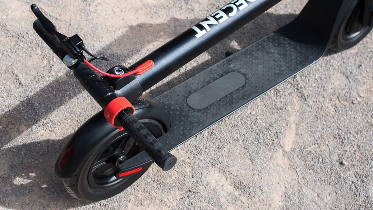 體面的 X7 踏板車折疊甲板