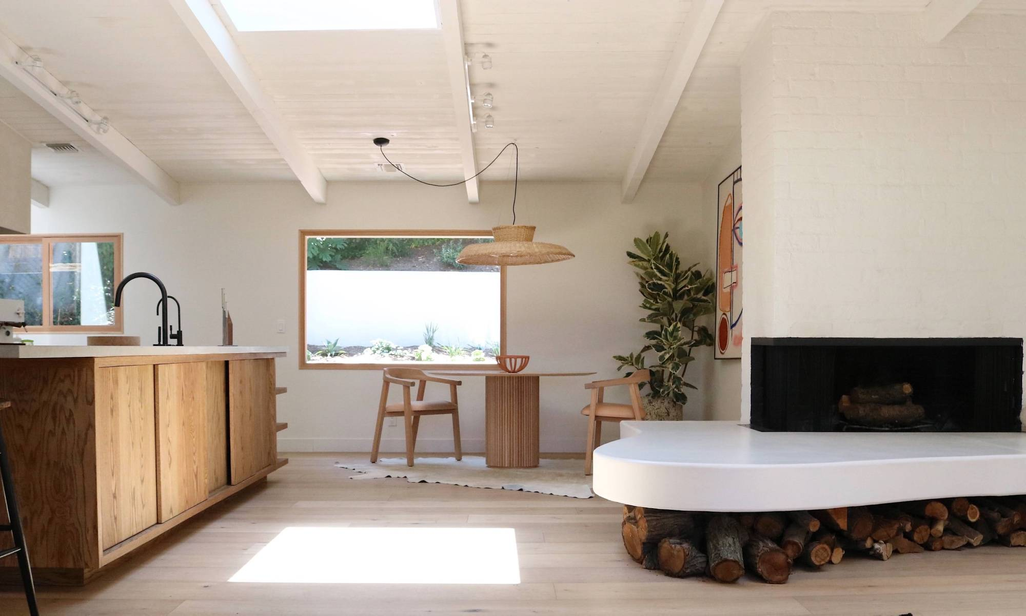 Modern Los Angeles home with chef's kitchen.