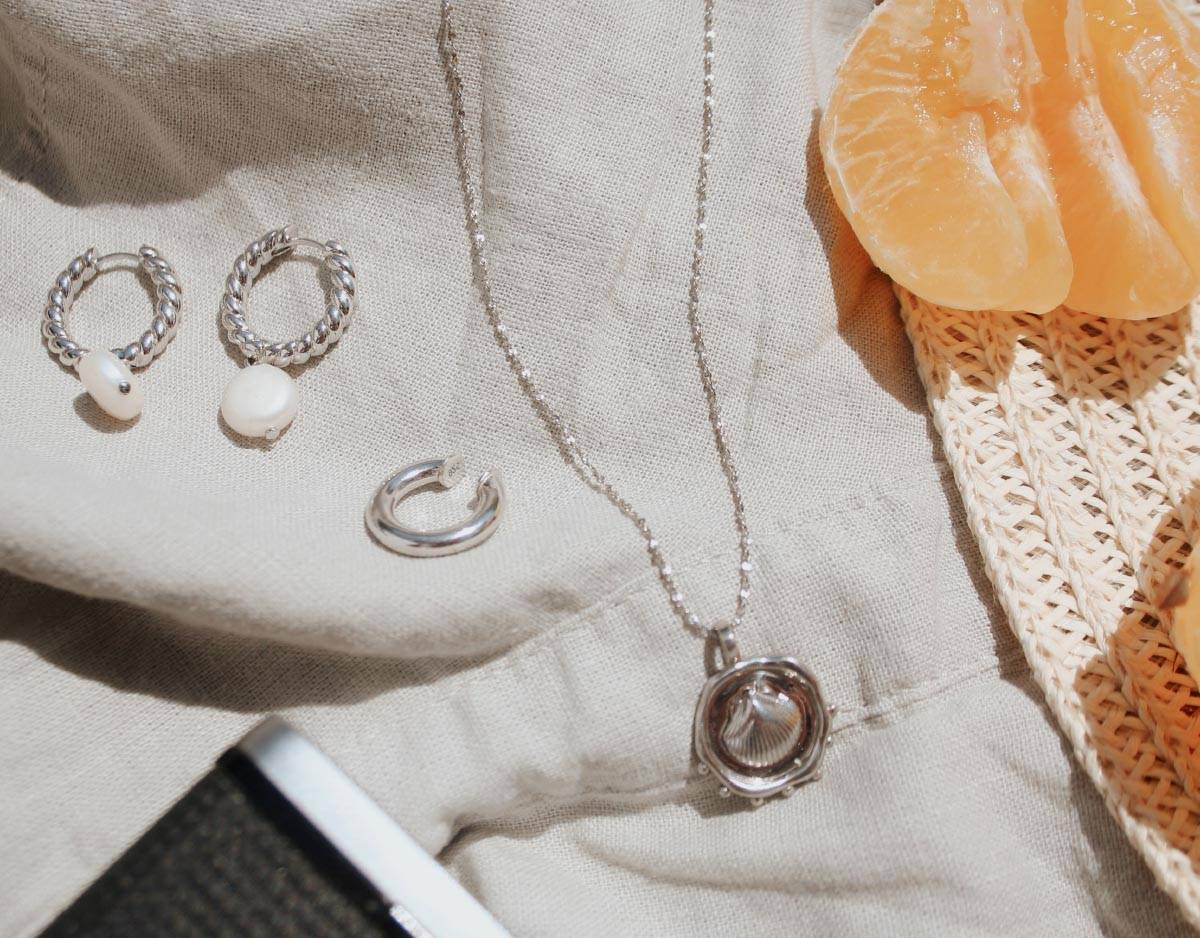 coin shell charm necklace
