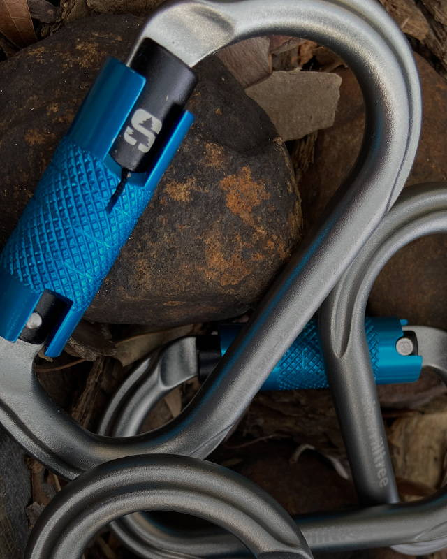 image of Free 5 Pack Of Sherrilltree Oval Carabiners