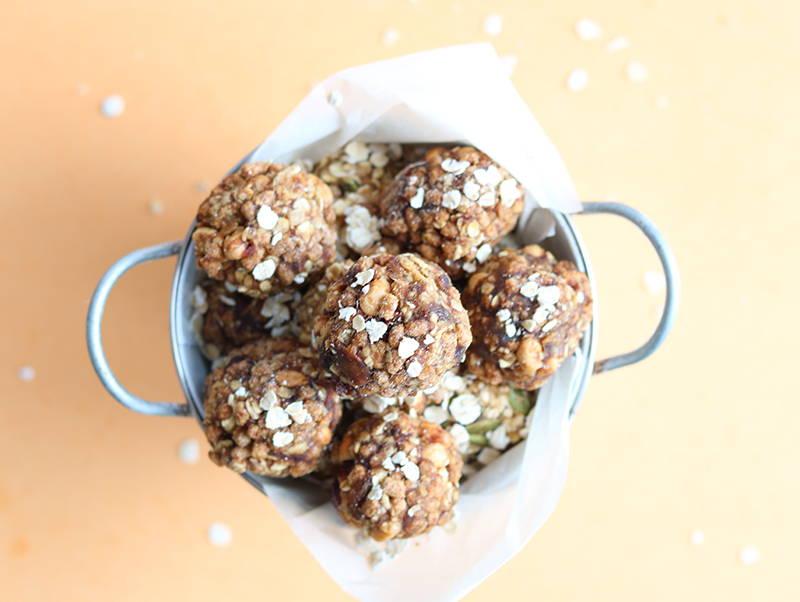 Recette de boules d'énergie santé, sur le blogue de recettes Isabelle Huot Docteure en nutrition.