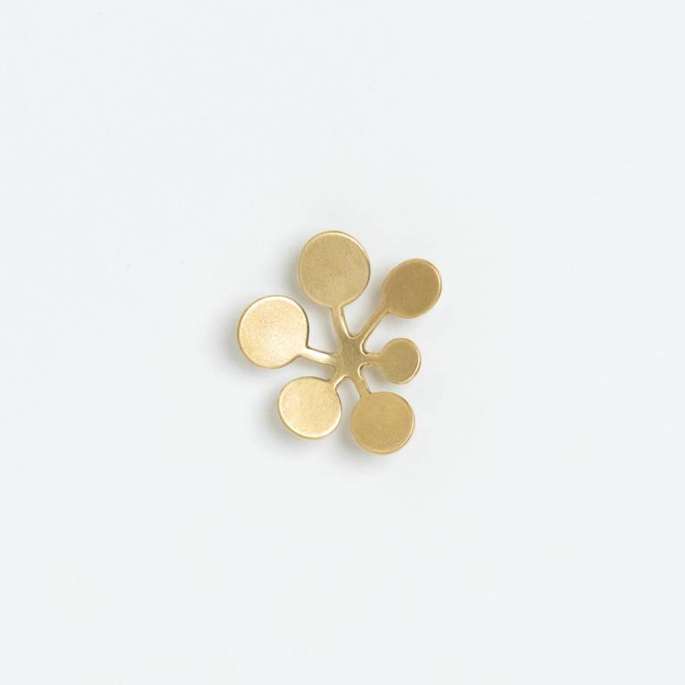 YURI MIYATA(ユリミヤタ)/ブローチ リーフ サークル L/ゴールド