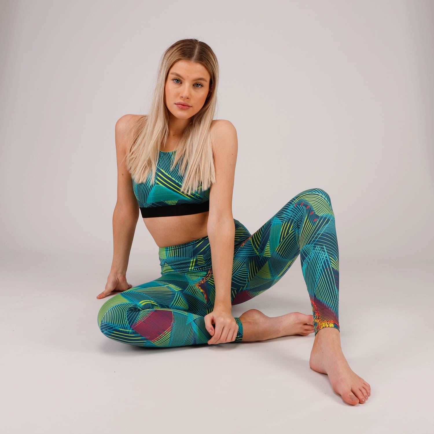 Recycled sea waste 80's legging and matching bra