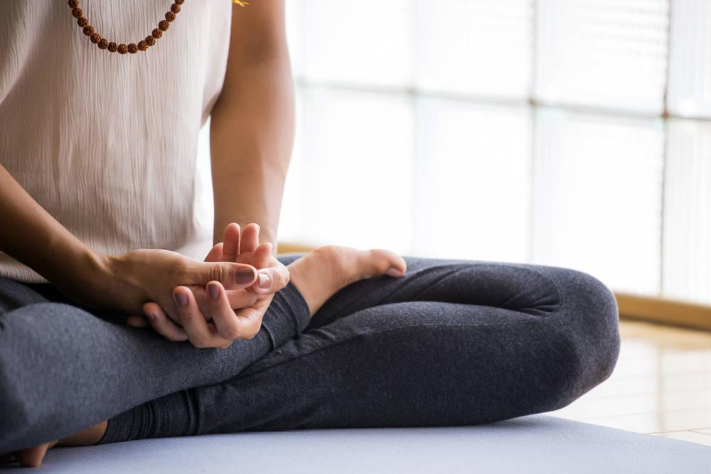 woman-meditating-self-talk