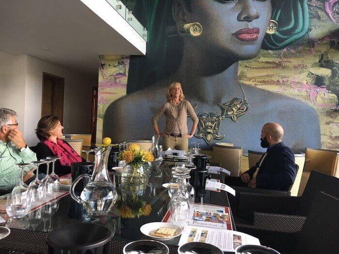 Präsentation in Kapstadt von Weinexpertin Clarissa