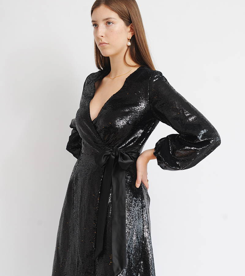 Un-Nye Penelope Sequin Midi Dress in Black