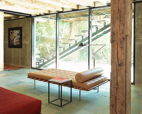 Knoll Barcelona Couch