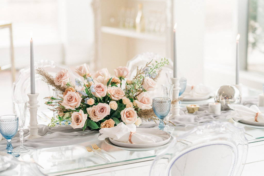 Romantic flowers for wedding by May Flowers