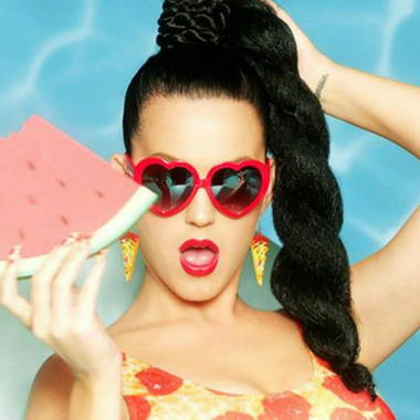 https://shadesdaddy.com/collections/katy-perry-sunglasses-style-s-800