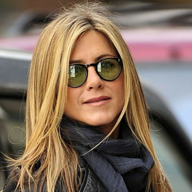 e5a3271c65cd0 Jennifer Aniston Wearing Oliver Peoples O Malley Sunglasses