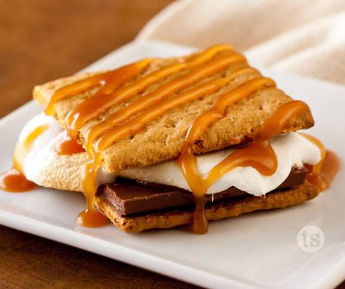 S'mores with Creamy Caramel Sauce